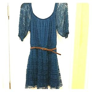 Blue A-line lace dress with belt